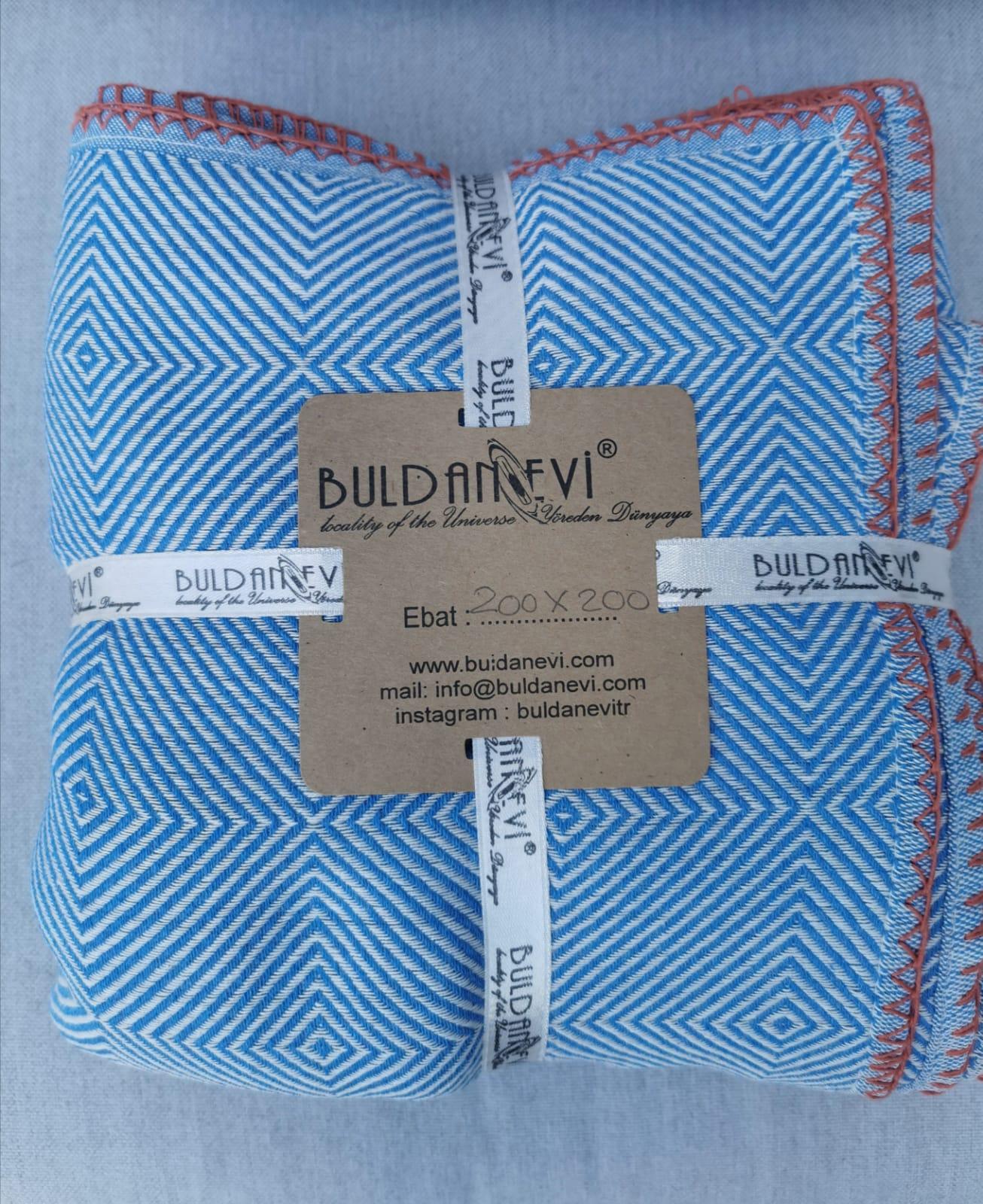deken-plaid-blauw-hamamdoekxl-wit-met-orange-stiksels-van-katoen-200×200-200